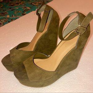 Women's Bamboo heel wedges green 7
